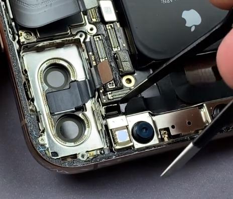 repair iPhone xs max
